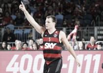 Ronald Ramon e Rafa Luz brilham, Flamengo vence Bauru e fica a uma vitória do título do NBB