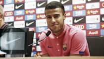 Rafinha signs a new deal with Barcelona