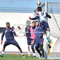 Nuevo entrenamiento con Barcelona en el punto de mira