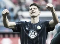 Wolfsburgo saca tres puntos importantes en Leipzig