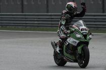 Doppietta Kawasaki a Magny-Cours: in Gara1 Rea sorprende Sykes