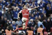 Alexis entrega al Arsenal su segunda final consecutiva
