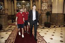 La Diputación Foral recibió al Bilbao Athletic