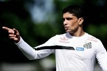 Renato ressalta vontade do Santos, mas afirma que Atlético-PR foi mais eficiente