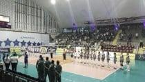 Jogo entre Rexona-SESC e Fluminense pela Copa do Brasil é adiado por goteira no ginásio