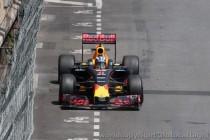 F1, sorpresa Ricciardo a Monaco, sua la pole