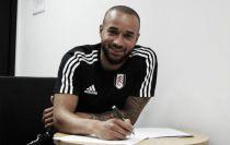 Full-back Jazz Richards joins Fulham on permanent switch