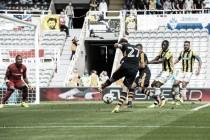 Newcastle United 3-2 Vitesse Arnhem: Magpies hang on for win