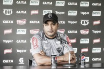 Roger mantém sigilo sobre escalação do Atlético-MG para enfrentar Cruzeiro