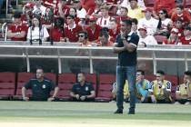 """Roger Machado lamenta falhas e reconhece superioridade rival: """"Uma pressão bem feita"""""""