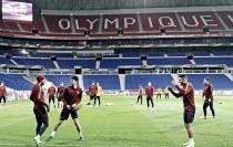 Buscando bom resultado em casa, Lyon recebe Roma pelas oitavas da Europa League