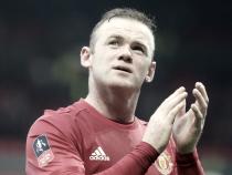 """Rooney encerra especulações e garante: """"Vou continuar no United"""""""
