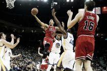 Resumen NBA: Chicago pone fin a la racha de los Warriors ; Memphis da un golpe de autoridad