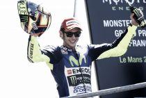 """Valentino Rossi: """"Decidí arriesgarme modificando la moto y fue fantástico"""""""