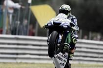 Valentino Rossi celebrates MotoGP win in Jerez