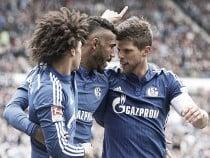 Hannover 96 1-3 Schalke 04: Royal Blues keep European dream alive