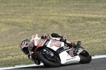 Sam Lowes steals pole position in final moments of Moto2 qualifying in Jerez