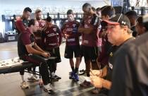 """Rogério Ceni demonstra seu estilo como treinador: """"Vivo intensamente o dia a dia"""""""