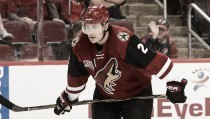 Arizona Coyotes split first two preseason games with Los Angeles Kings