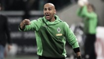 Gladbach coach Schubert seals new deal