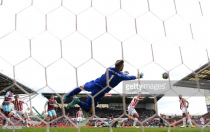"""Mark Hughes hails """"top-class"""" Stoke goalkeeper Jack Butland after stand-out display in West Ham draw"""