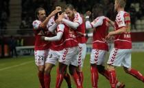 Reims gagne et sort de la zone rouge