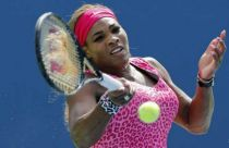 Us Open 2014, Serena Williams soffre e vince