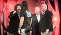 Mick Foley comments on Seth Rollins being an 'Unsafe-Worker'