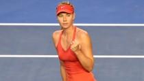 Australian Open 2016, Sharapova senza problemi con la Hibino