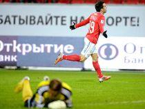 Jurado dirige la persecución al Zenit