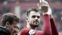 Thesker swaps Fürth for Twente