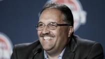 Stan Van Gundy continuará como entrenador de los Pistons