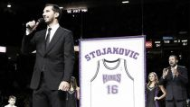 Los Kings retiran la camiseta de Peja Stojakovic