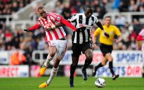 Newcastle vs Stoke: Magpies seek to leapfrog Potters