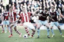 Stoke City - West Ham: El Britannia pone a prueba el buen momento 'hammer'