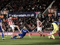 Stoke City vs Chelsea: Mourinho's side look to regain three point lead over Manchester City