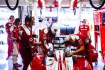 """Sebastian Vettel: """"No estoy contento con el equilibro del coche""""."""