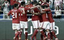 Euforia encarnada tras la conquista de la Taça da Liga