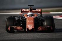 Dominio de Mercedes y problemas para McLaren en los primeros test