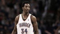 Oklahoma City Thunder acuerda el traspaso de Hasheem Thabeet a los 76ers