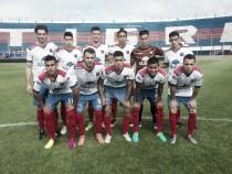 Agónico empate, de la cabeza de Lugo