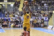 LegaBasket - Tonfo Reggio, Torino vince e convince (85-73)