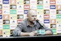El arbitraje ayudó a Tigres, denuncia Javier Torrente