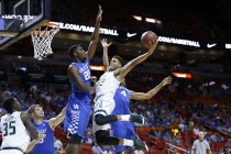 #1 Kentucky Dominates South Florida In Blowout; Tyler Ulis Injured