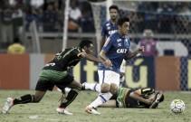 Robinho faz boa estreia pelo Cruzeiro, mas vê time adiar a primeira vitória na competição