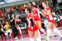 Volley femminile - Play-off: Busto Arsizio e Firenze ai quarti. Coppa CEV: UYBA in finale