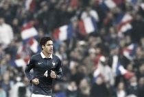 Varane será capitán con Francia ante Dinamarca