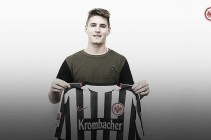 Eintracht Frankfurt sign Guillermo Varela on a season-long loan from Manchester United