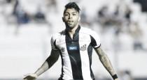 """Essencial na vitória do Santos, Gabriel destaca evolução da equipe: """"Nosso time se acertou"""""""