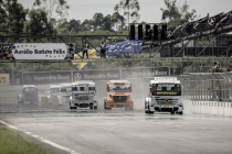 Com nove caminhões na pista, Paulo Salustiano vence abertura da F-Truck no Velopark